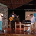 Con el grupo Umbral, San Cristóbal, 2002